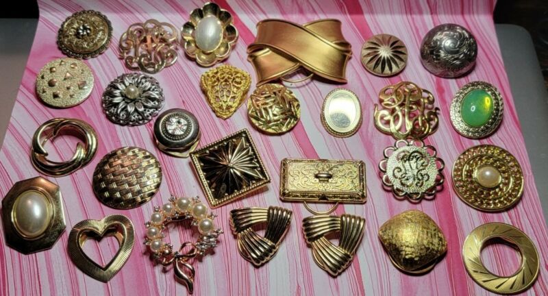 Lot Of 27 Vintage To Now Scarf Clips, Some Signed