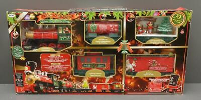 EZTec North Pole Express 33 Piece Christmas Train Set Locomotive Ages 3+