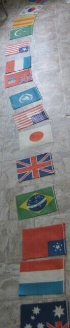 Unusual Old 12 Foot String of Paper Party International Flags - 15 Countries