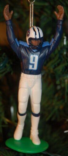 Steve McNair Tennessee Titans Touchdown Pose Christmas Tree Ornament Keepsake