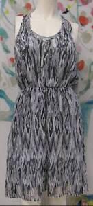 NWT-Ella-Moss-V-Neck-Silk-Dress-Size-S