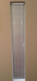 Assorted aluminium silver venetian blinds