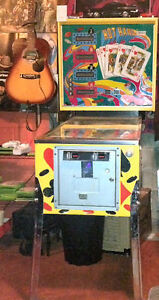 """""""HOT HAND""""  VINTAGE PINBALL BY STERN, EXCELLENT CONDITION"""