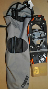 Snowmountain and Powderidge snowshoes sets brand NEW