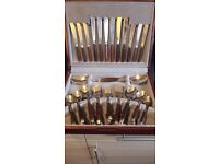 LOVELY TEAK AND METAL 44 PIECE CUTLERY SET IN WOODEN BOX