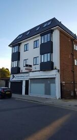 LUXURY 2 BEDS AVAILABLE TO LET IN POTTERS BAR - PRICE ON APPLICATION -