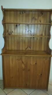 CABINET SOLID PINE
