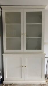 White Bookcase and shelf unit