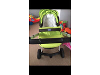 BLACK AND GREEN CHICCO URBAN TRAVEL SYSTEM OFFERS WELCOME