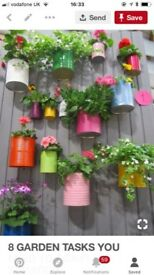 Decorative tins for your garden