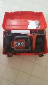 Hilti laser mint condition with rechargeable batteries