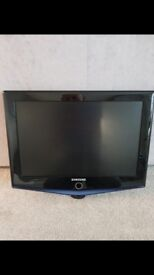 Samsung 19inch TV - immaculate condition
