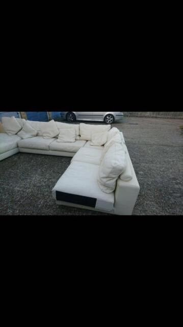 Lovely White Leather Corner Settee Sofa Owned By Celebrity - Only £350 - Great Condition