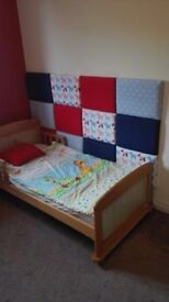 wooden solid ,Toddler Bed Kids / Children's Junior Bed very good condition Mattress Included