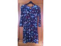 BEAUTIFUL WAREHOUSE DRESS - SIZE M