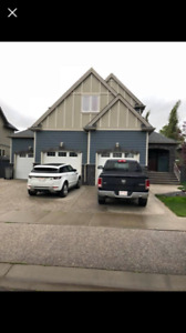 Large Room in Beaumont, AB for Rent