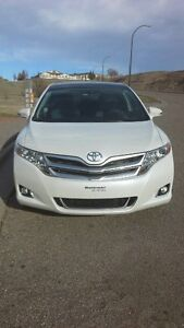 2015 Toyota Venza XLE SUV, Crossover lease takeover