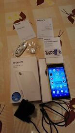 Sony Xperia Z5 Compact complete with box, books,headphones, charger. ex cond. 02 Network