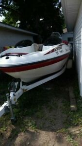 2000 Seadoo Challenger with trailer