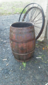 ANTIQUE BARREL,HOLDS WATER,GOOD FOR GARDEN