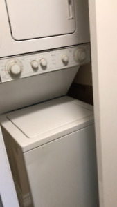 Washer/dryer stackable -Whirlpool
