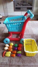 Kids shopping trolley & food