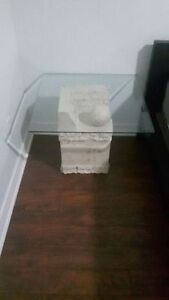 2 side tables - great condition