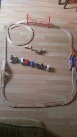 Wooden track bundle
