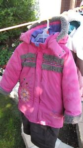 Peluche and Tartine Snowsuit for sale size 4