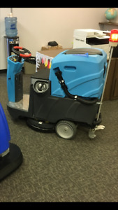 "Ride on Floor Scrubber 22"" inch  (NEW) $1601 OFF"