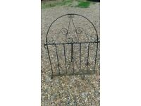 Single wrought iron gate, used for pedestrian access: demi-lune top, high quality