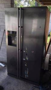 SAMSUNG SILVER DOUBLE DOOR FRIDGE FREEZER WITH WATER AND ICE Southport Gold Coast City Preview