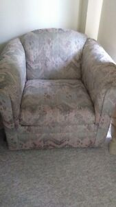 Clean, good condition armchair London Ontario image 1