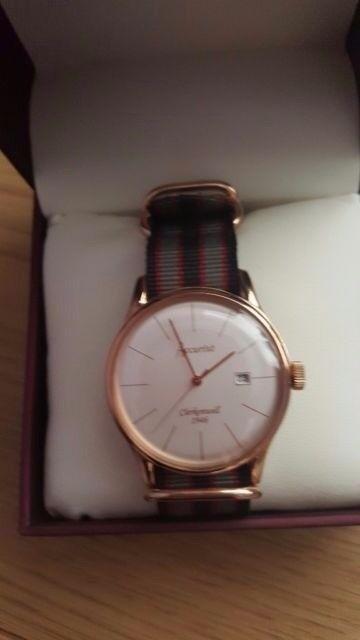 Accurist vintage watch
