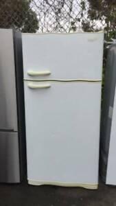 large 520 liter kelvinator fridge   it is in good working .   Dimensio