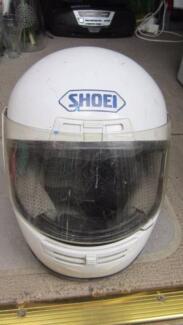 WHITE-SHOEI RF-200 - BIKE HELMET- NOW SELLING !!!.