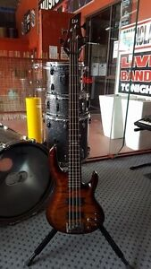 ESP LTD B-404 Fawkner Moreland Area Preview