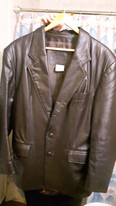 MEN'S BROWN LEATHER BLAZER size M