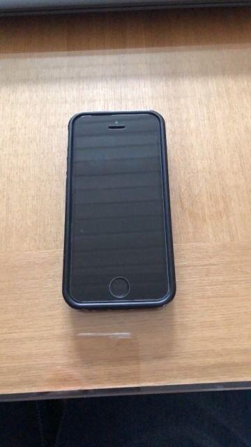 Apple iPhone 5SE 16GB