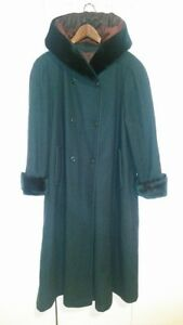 Penningtons Long Wool Coat with Hood size 14/XL-XXL
