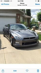 2016 Nissan GT-R Black Edition Coupe (2 door)