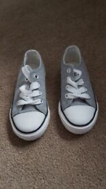 Brand new toddlers size 7