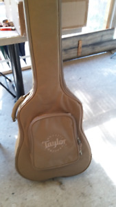 Taylor thin-line acoustic guitar Gigg bag, New
