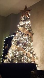 Christmas tree - 7ft with all the decorations and lights