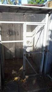 2  Birds cages free Macquarie Fields Campbelltown Area Preview