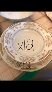 REDUCED PRICE MUST GO - Full Set of Chinaware over 80 pieces