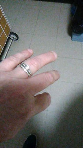 Selling my mother's engagement/wedding ring