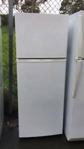 300 liter nice looking fridge westinghouse   in good working ordere, g