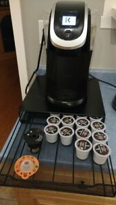 Keurig 2.0 with Coffee Drawer, cleaner, and K-cup filter
