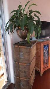 ANTIQUE HESIAN TRAVEL TRUNK Banora Point Tweed Heads Area Preview